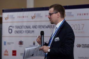 Politacal and economic outlook - moderator Robert Juodka. 6th Traditional and Renewable Energy Forum